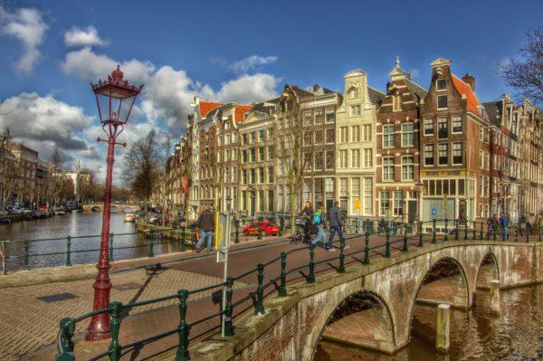 Amsterdam 686460_1920