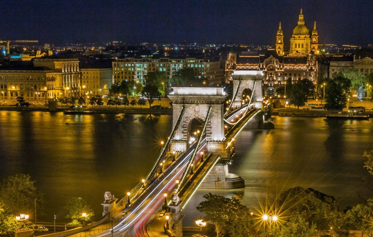 Chain Bridge Budapest cropped