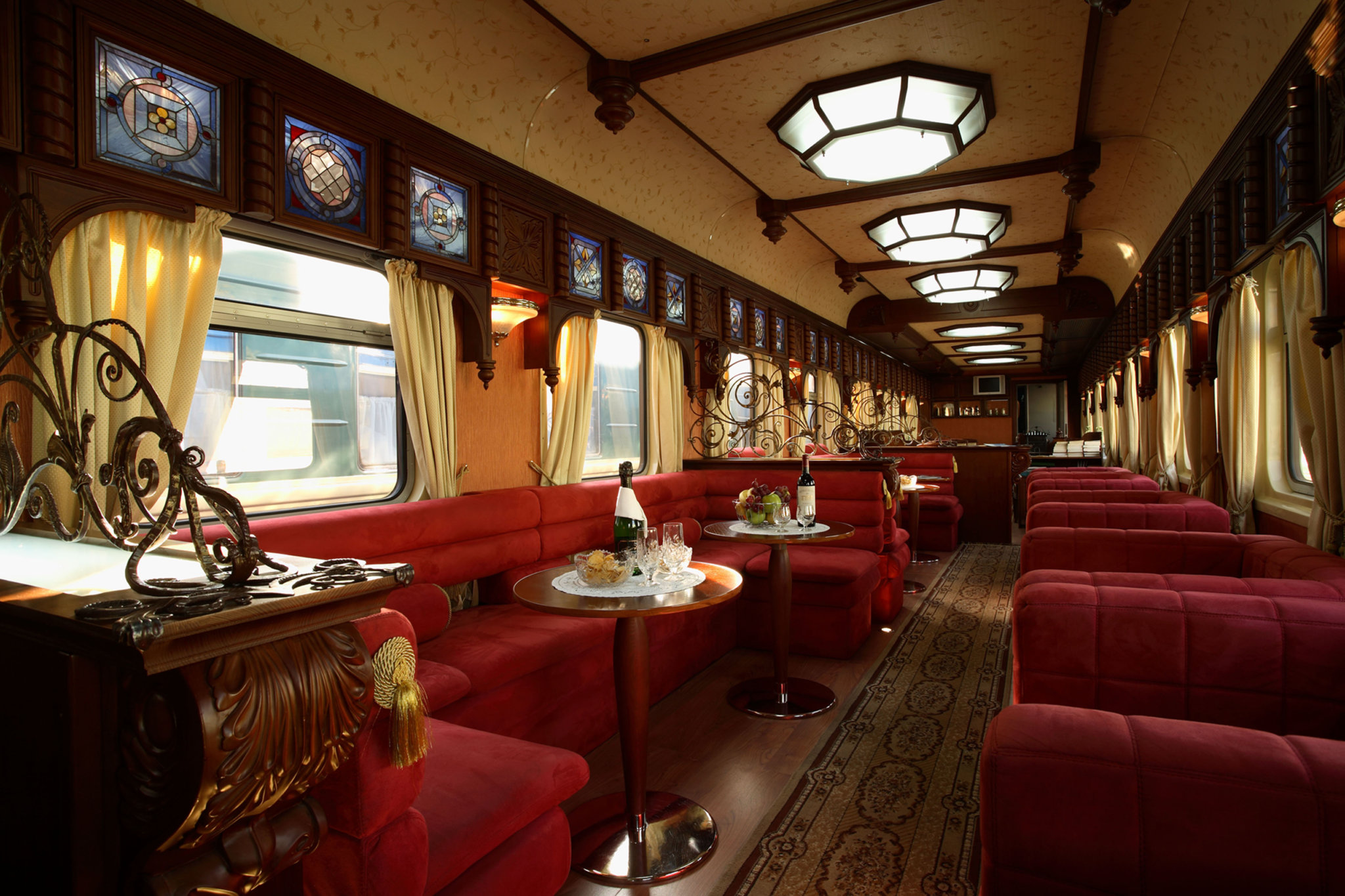 Golden Eagle interior Train