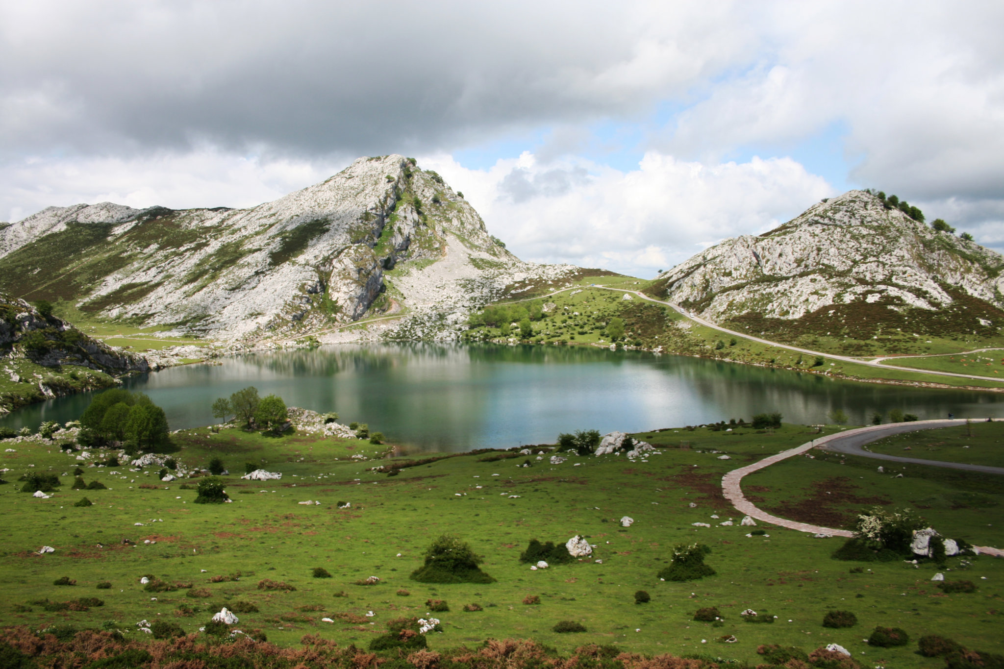 Lake enoll