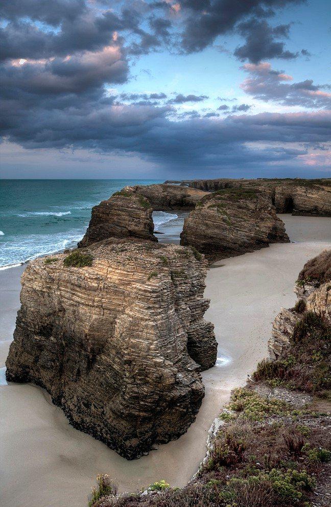 Las catedrales beach