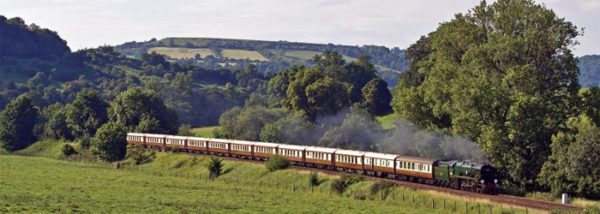 british-pullman-countryside