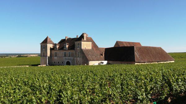chateau-de-clos-de-vougeot-374419_1920