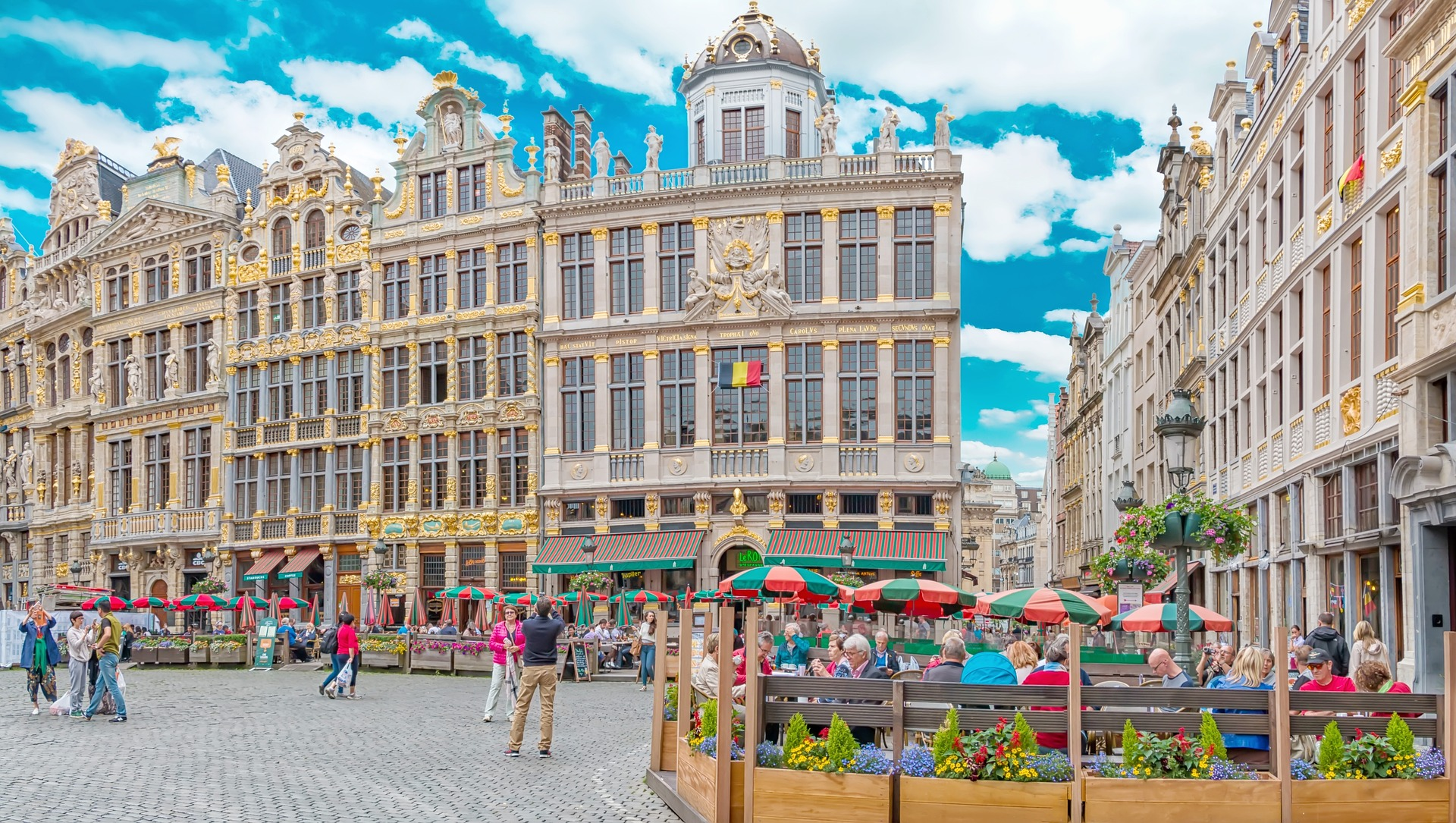 Amsterdam bruges brussels by first class rail for Bruxelles piscine