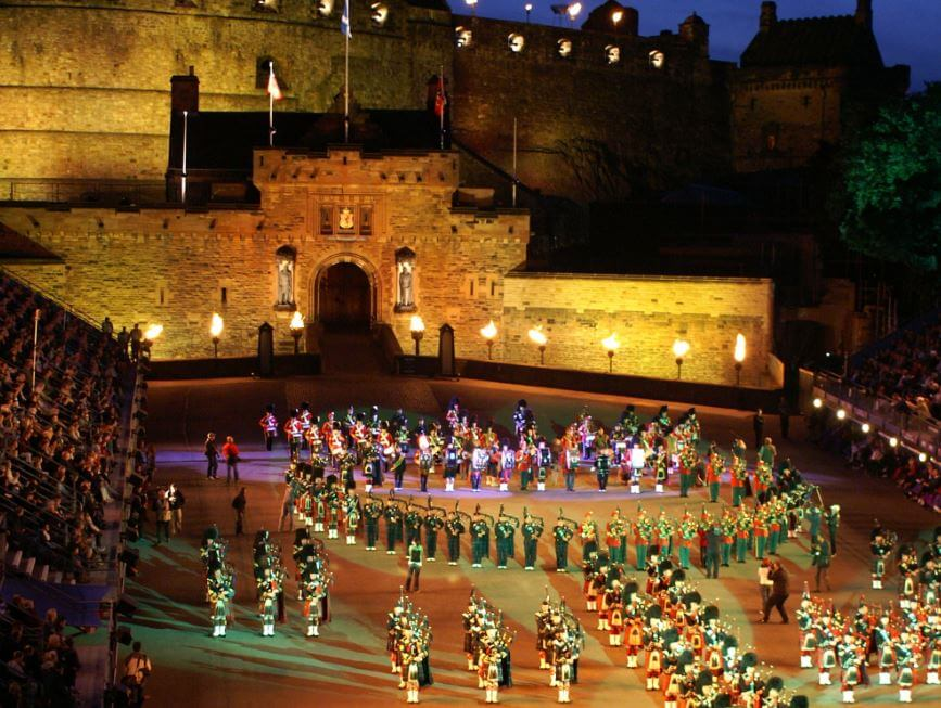 Edinburgh military tattoo on the northern belle 17th for Scottish military tattoo 2018