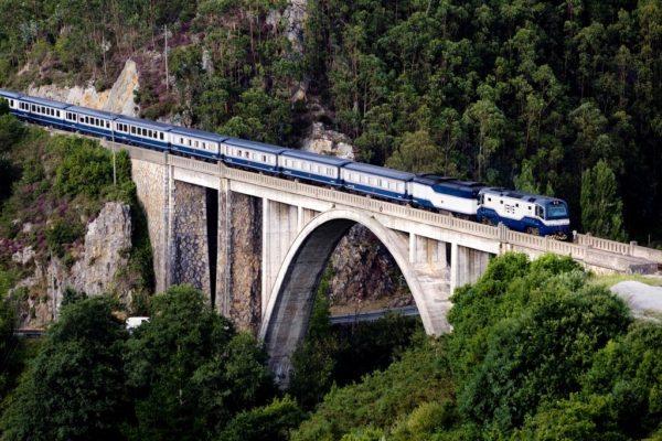 El Transcantábrico train